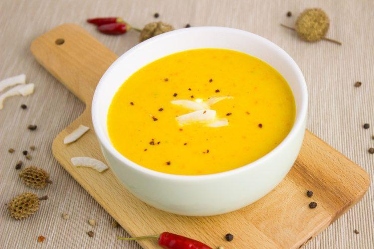 zuppa-zucca-patate-dolci-olio-di-cocco