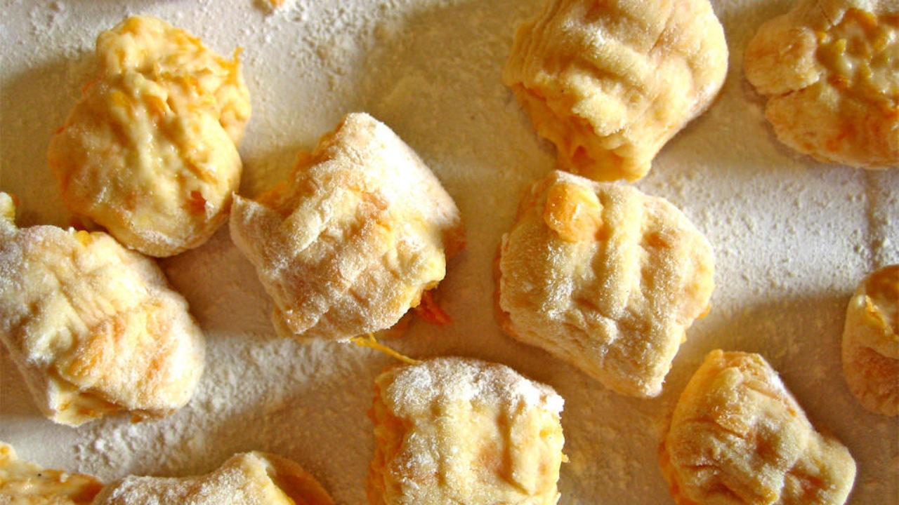 Ricetta Gnocchi Di Zucca Con Farina Di Quinoa.Gnocchi Di Zucca Senza Glutine Alimentazione Senza Glutine